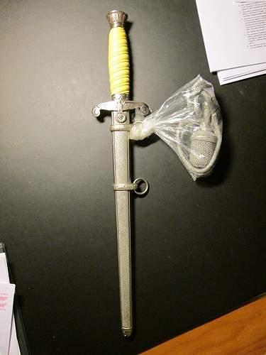 Heer Dagger Value /identification maker