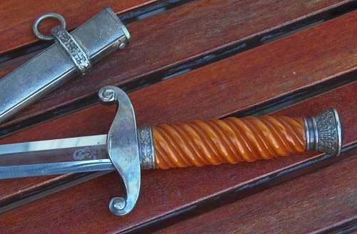 WKC Heer Officers dagger.