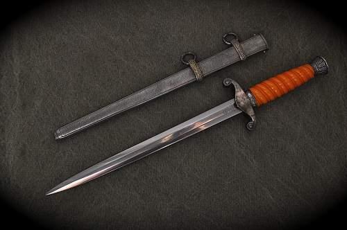 WKC Army Dagger - Very good condition