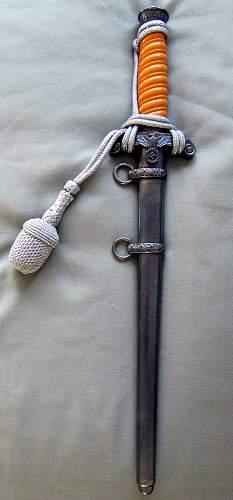 Early Army Dagger w/hangers