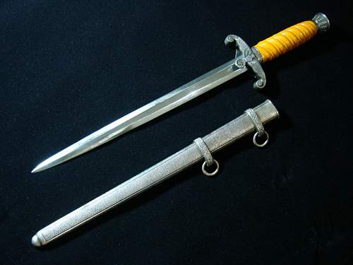Click image for larger version.  Name:Army Officer Dagger - 06a.jpg Views:101 Size:139.5 KB ID:82596