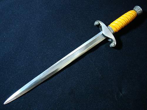 Click image for larger version.  Name:Army Officer Dagger - 06d.jpg Views:72 Size:207.1 KB ID:82599