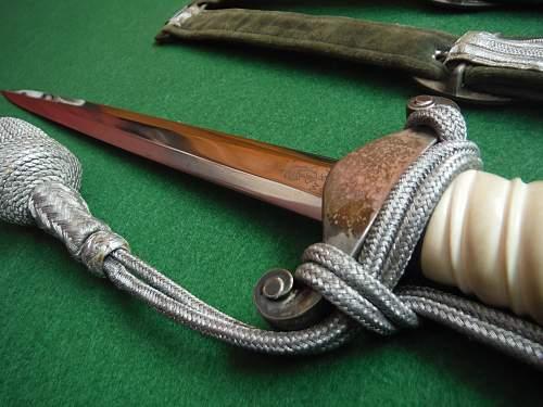 Heer Dagger by WKC