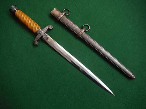 Heer Dagger by F.W.HOLLER
