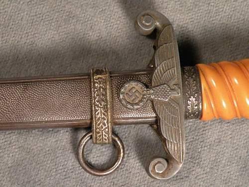 Original Heer Dagger??