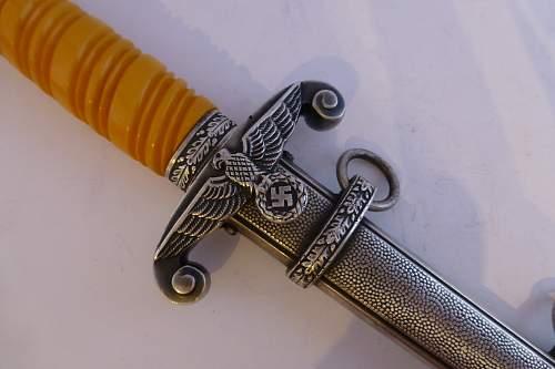 Different styles of Heer grips
