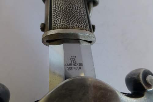 Heer dagger by Henckels grip with a twist