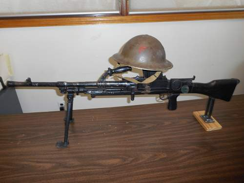 Click image for larger version.  Name:Canadian WW2 helmet 001.jpg Views:20 Size:331.5 KB ID:1003641