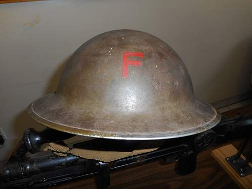 Click image for larger version.  Name:Canadian WW2 helmet 002.jpg Views:17 Size:328.6 KB ID:1003642