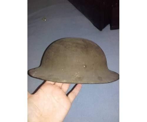 Strange Brodie/Tommy helmet Need Help