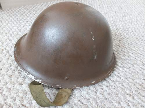 help identify these helmets please
