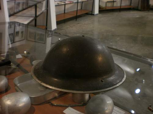 Click image for larger version.  Name:Helmet No 4.jpg Views:106 Size:93.3 KB ID:134968