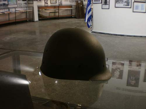 Click image for larger version.  Name:Helmet No 1(b).jpg Views:76 Size:96.6 KB ID:134969
