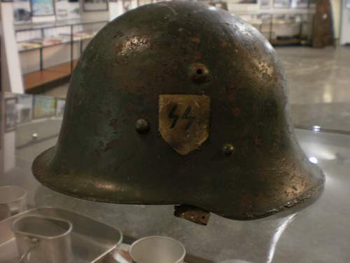 Click image for larger version.  Name:Helmet No 3.jpg Views:287 Size:92.7 KB ID:134971