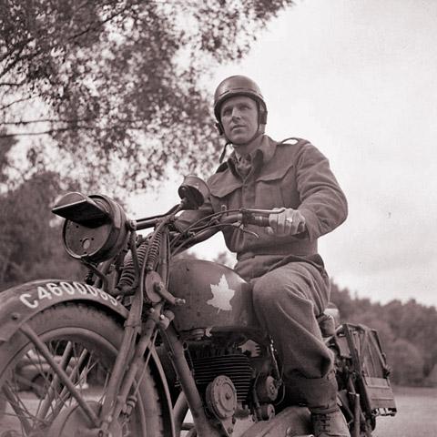 Helmet, crash, despatch riders. (economy pattern)