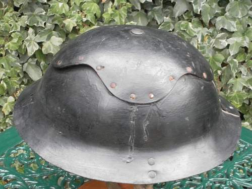 Click image for larger version.  Name:ww2britishhelmets 024_1024x768.jpg Views:157 Size:166.9 KB ID:229429