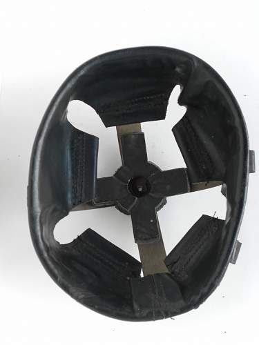 How do i replace a Brodie helmet liner?