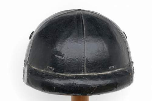 Click image for larger version.  Name:ww2britishhelmets 528_1200x800.jpg Views:183 Size:105.8 KB ID:269964