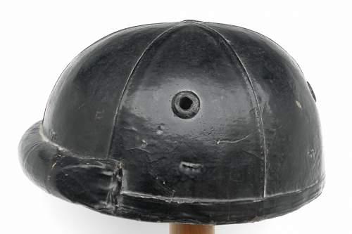 Click image for larger version.  Name:ww2britishhelmets 527_1200x800.jpg Views:57 Size:126.6 KB ID:269967