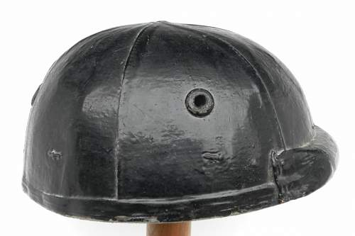 Click image for larger version.  Name:ww2britishhelmets 530_1200x800.jpg Views:47 Size:124.2 KB ID:269974