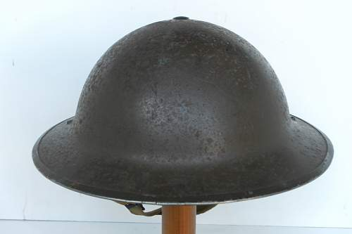 Click image for larger version.  Name:ww2britishhelmets 340_1200x800.jpg Views:34 Size:100.1 KB ID:296988