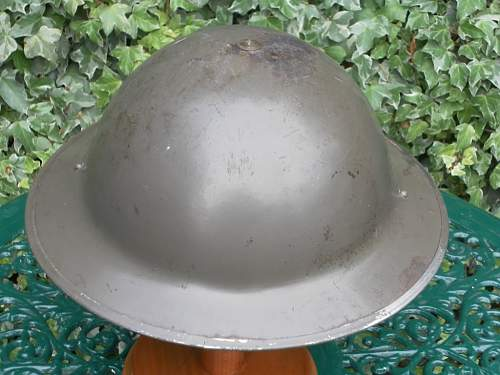 Click image for larger version.  Name:ww2britishhelmets 003_1024x768.jpg Views:44 Size:160.5 KB ID:296994