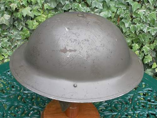 Click image for larger version.  Name:ww2britishhelmets 002_1024x768.jpg Views:53 Size:170.4 KB ID:296995