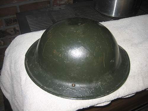What kind of helmet is this?  British?