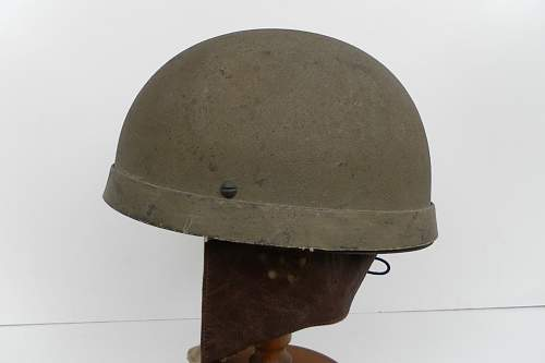 Click image for larger version.  Name:ww2britishhelmets 833_1280x853.jpg Views:195 Size:113.3 KB ID:310710