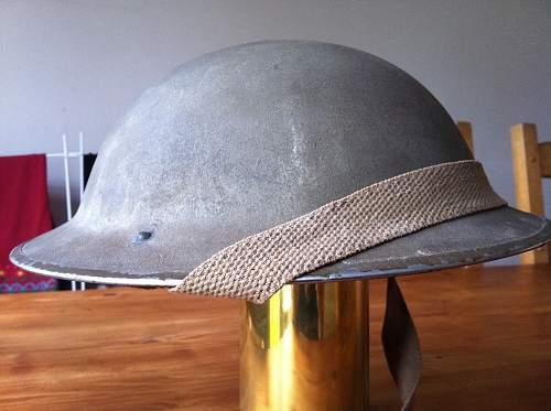 Click image for larger version.  Name:british helmet 001.jpg Views:145 Size:252.5 KB ID:312097