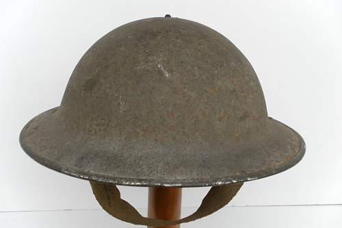 Click image for larger version.  Name:ww2britishhelmets 875_1280x853.jpg Views:72 Size:147.4 KB ID:315030