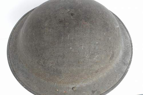 Click image for larger version.  Name:ww2britishhelmets 879_1280x853.jpg Views:66 Size:180.5 KB ID:315032
