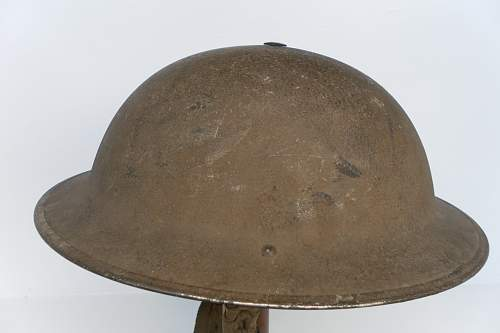 Click image for larger version.  Name:ww2britishhelmets 1231_1280x853.jpg Views:86 Size:146.5 KB ID:346638