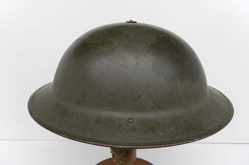 Click image for larger version.  Name:ww2britishhelmets 826_1280x853.jpg Views:69 Size:110.0 KB ID:347149