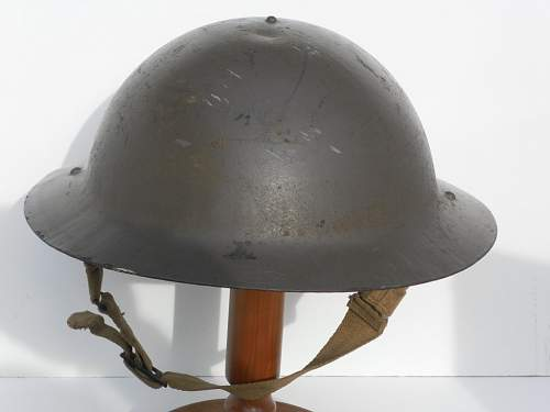 Click image for larger version.  Name:ww2britishhelmets 134_1024x768.jpg Views:49 Size:90.9 KB ID:362952
