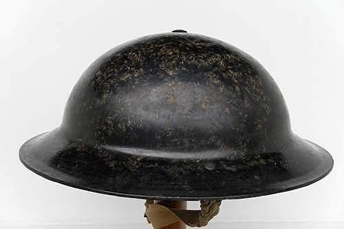 Click image for larger version.  Name:ww2britishhelmets 1495_1575x1050.jpg Views:47 Size:181.2 KB ID:382026