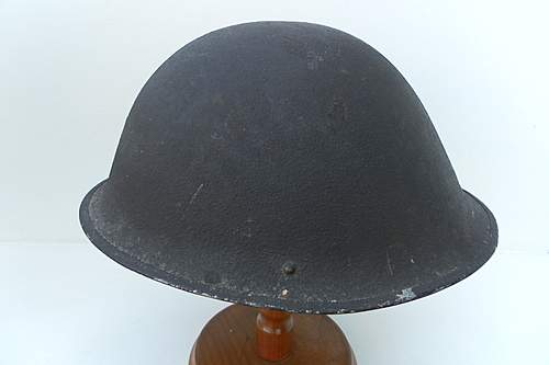 Click image for larger version.  Name:ww2britishhelmets 1622_1575x1050.jpg Views:69 Size:186.3 KB ID:393757