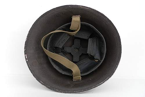 Click image for larger version.  Name:ww2britishhelmets 1568_1575x1050.jpg Views:76 Size:173.8 KB ID:394784
