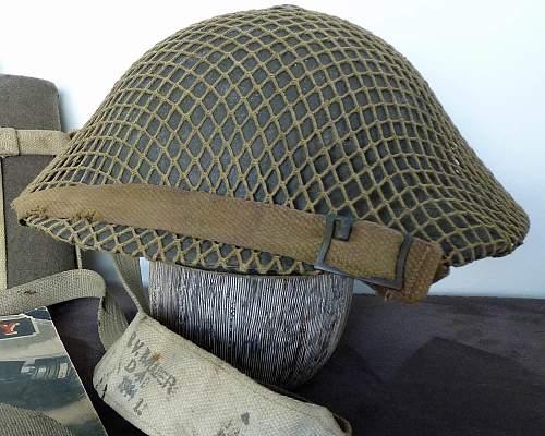 Click image for larger version.  Name:Aus Helmet 2.jpg Views:692 Size:184.4 KB ID:408214