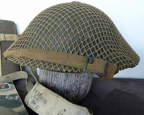 Click image for larger version.  Name:Aus Helmet 2.jpg Views:899 Size:184.4 KB ID:408214