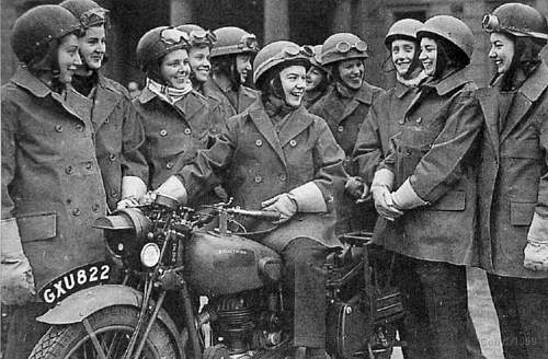 Click image for larger version.  Name:779 Women despatch riders.jpg Views:2709 Size:86.0 KB ID:412538