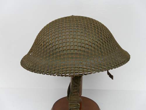 Click image for larger version.  Name:ww2britishhelmets 1878_1600x1200.jpg Views:97 Size:215.3 KB ID:418916