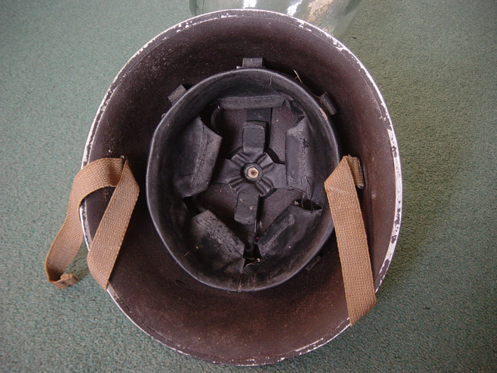 dating british helmets