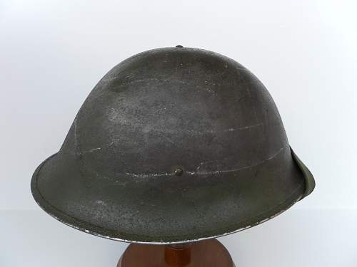 Click image for larger version.  Name:ww2britishhelmets 2193_1400x1050.jpg Views:128 Size:155.9 KB ID:443232