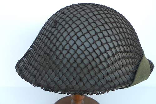 Click image for larger version.  Name:ww2britishhelmets 1215_1575x1050.jpg Views:49 Size:242.3 KB ID:462277