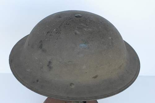 Click image for larger version.  Name:ww2britishhelmets 1276_1575x1050.jpg Views:26 Size:182.1 KB ID:464607
