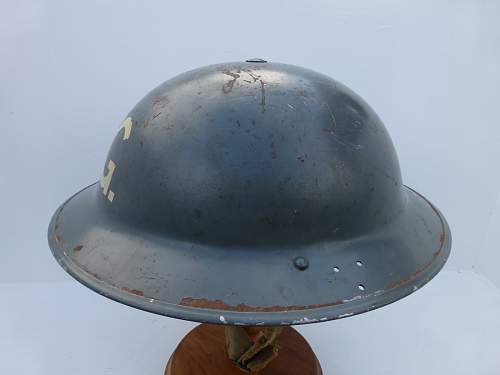 Click image for larger version.  Name:HELMET BANK 4 1334_1400x1050.jpg Views:23 Size:157.4 KB ID:469640