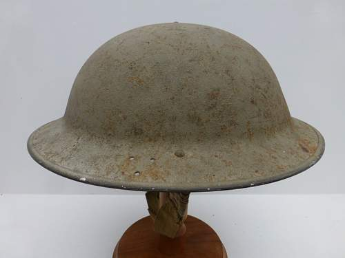 Click image for larger version.  Name:ww2britishhelmets 2701_1400x1050.jpg Views:66 Size:185.2 KB ID:475254