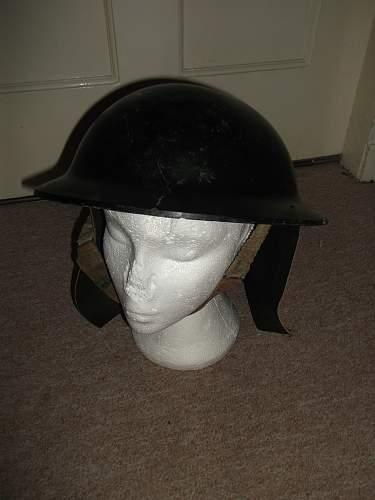 British Bakelite Helmet, Dutch Liner