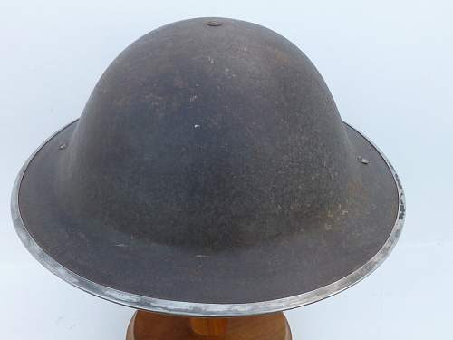 Click image for larger version.  Name:ww2britishhelmets 2586_1400x1050.jpg Views:67 Size:195.0 KB ID:490678
